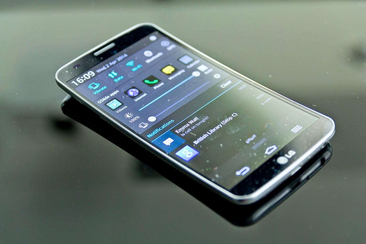 LG G Flex 2 Masih Menggoda Dengan Design Lengkung