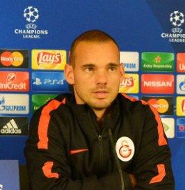 Sneijder acredita que o Galatasaray brigará pela segunda vaga do grupo com o Benfica (Foto: Divulgação)