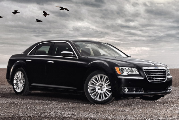 Look At the Car: 2013 Chrysler 300