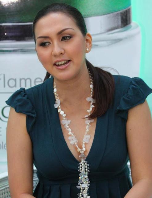 Donna Agnesia Hamil via vebidoo.com