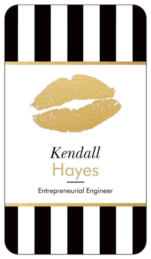 Authoress Kendall Hayes