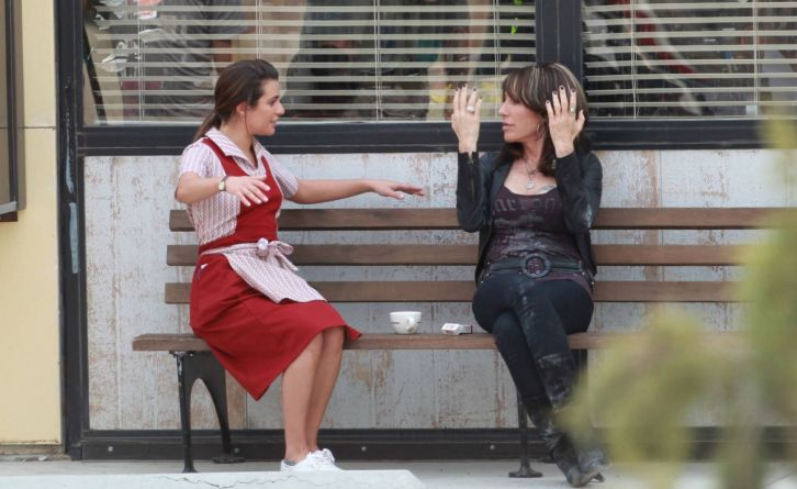 Sons of Anarchy - Season 7 - First Look at Lea Michele on the Set