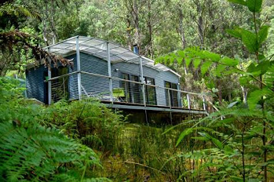 Treehouse at Huon Bust Retreats, Tasmania