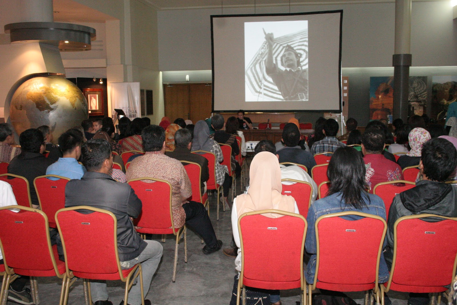 Suasana nonton bareng film Sang Perintis di MKAA Bandung. (Foto: Dok. MKAA Bandung)