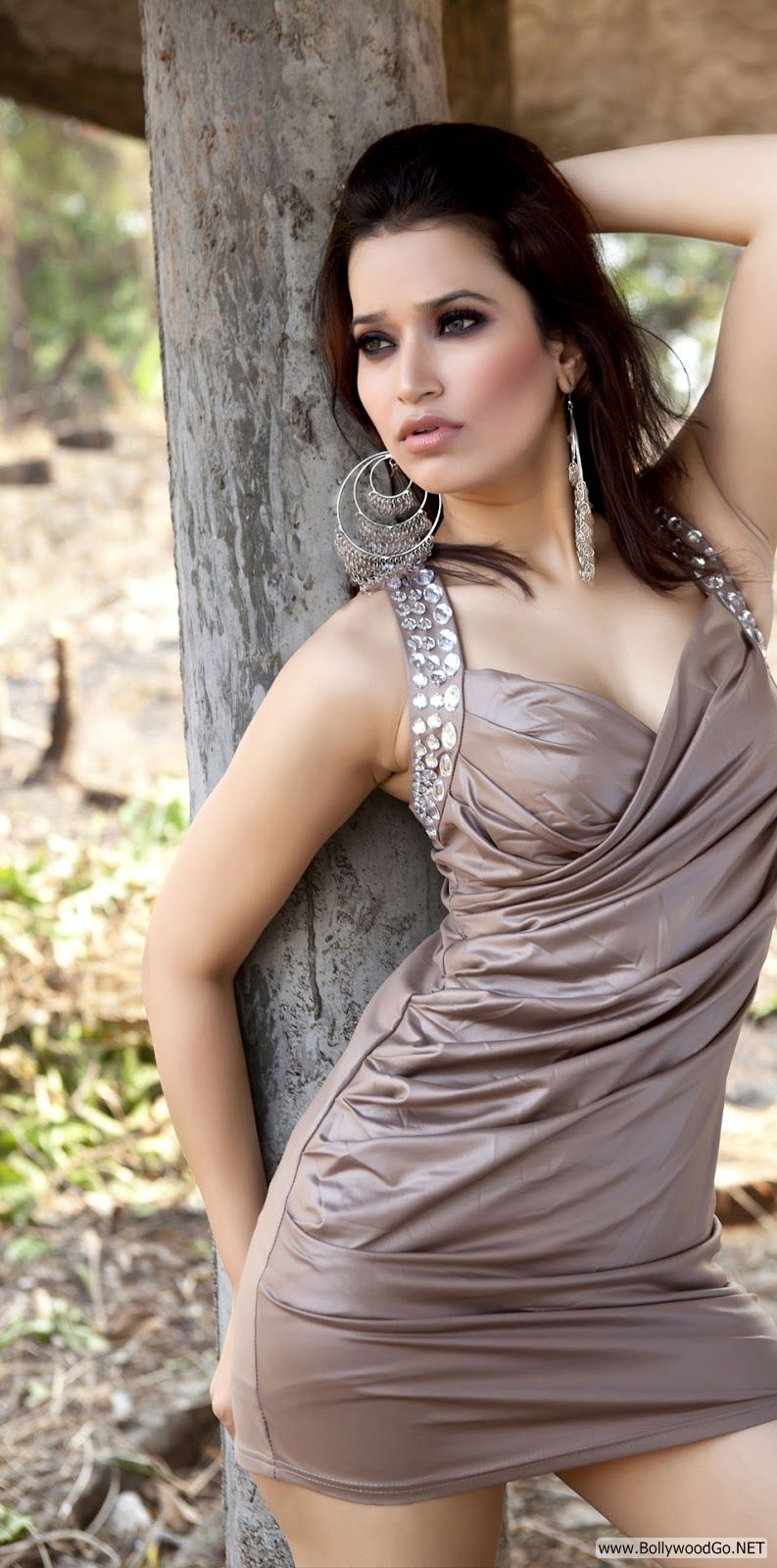 Jiya Chauhan Hot Pic -  Jiya Chauhan Hot Pics - Photoshoot 2012