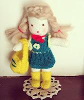 poupée en laine