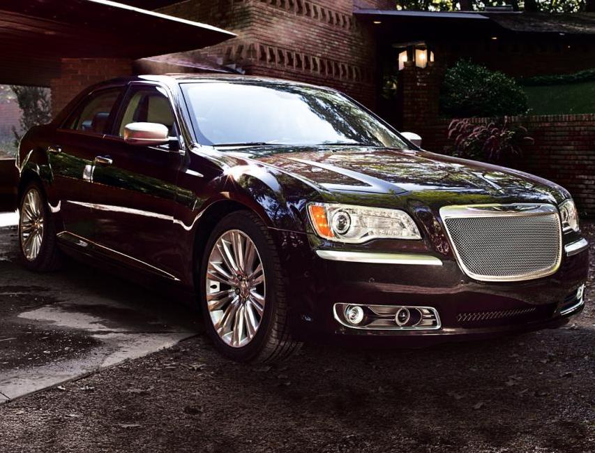 Jeep Dealer Anchorage Chrysler has revealed the 2012 Chrysler 300 Luxury Series car which