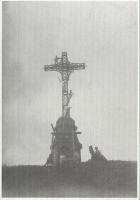 Foto d'Epoca: Croce sul Monte Vulture