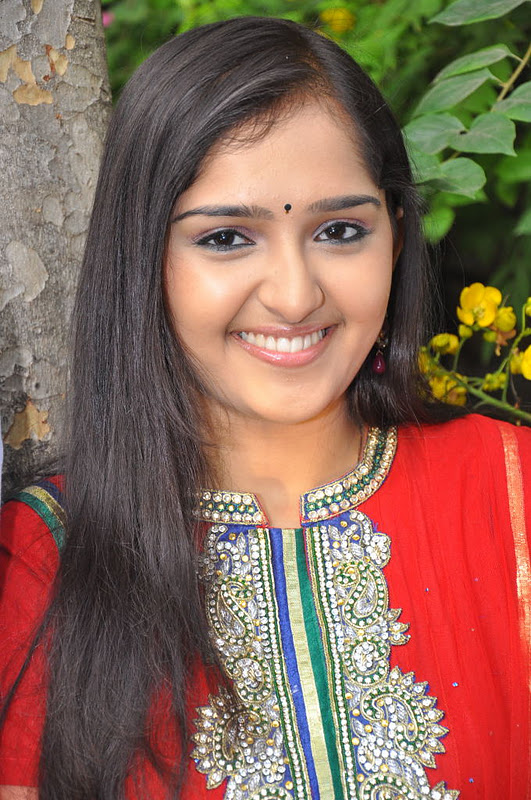 sanusha new hot photoshoot