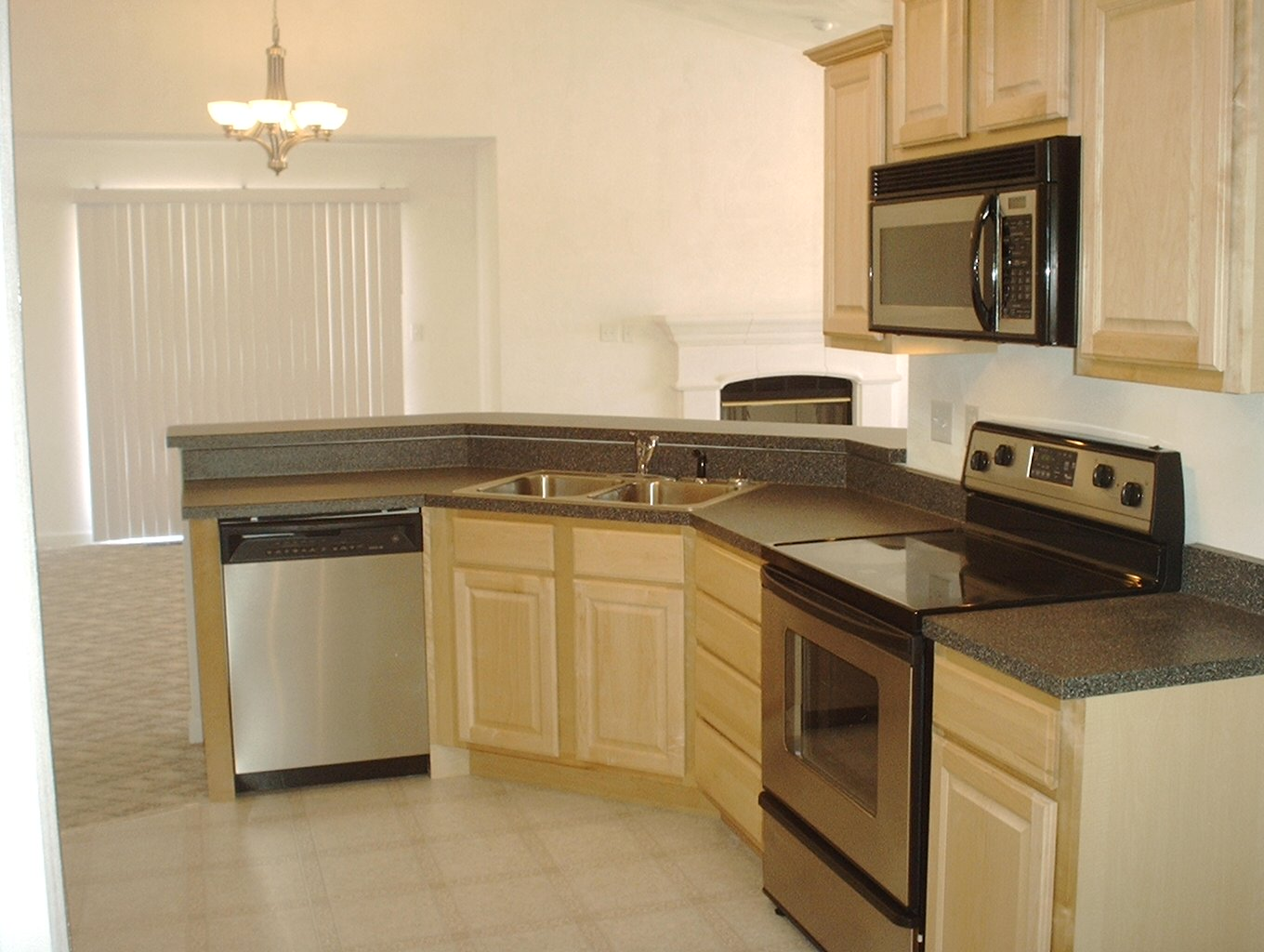 Height between stove and microwave - A Range Hood