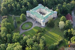 zámek Zahrádky
