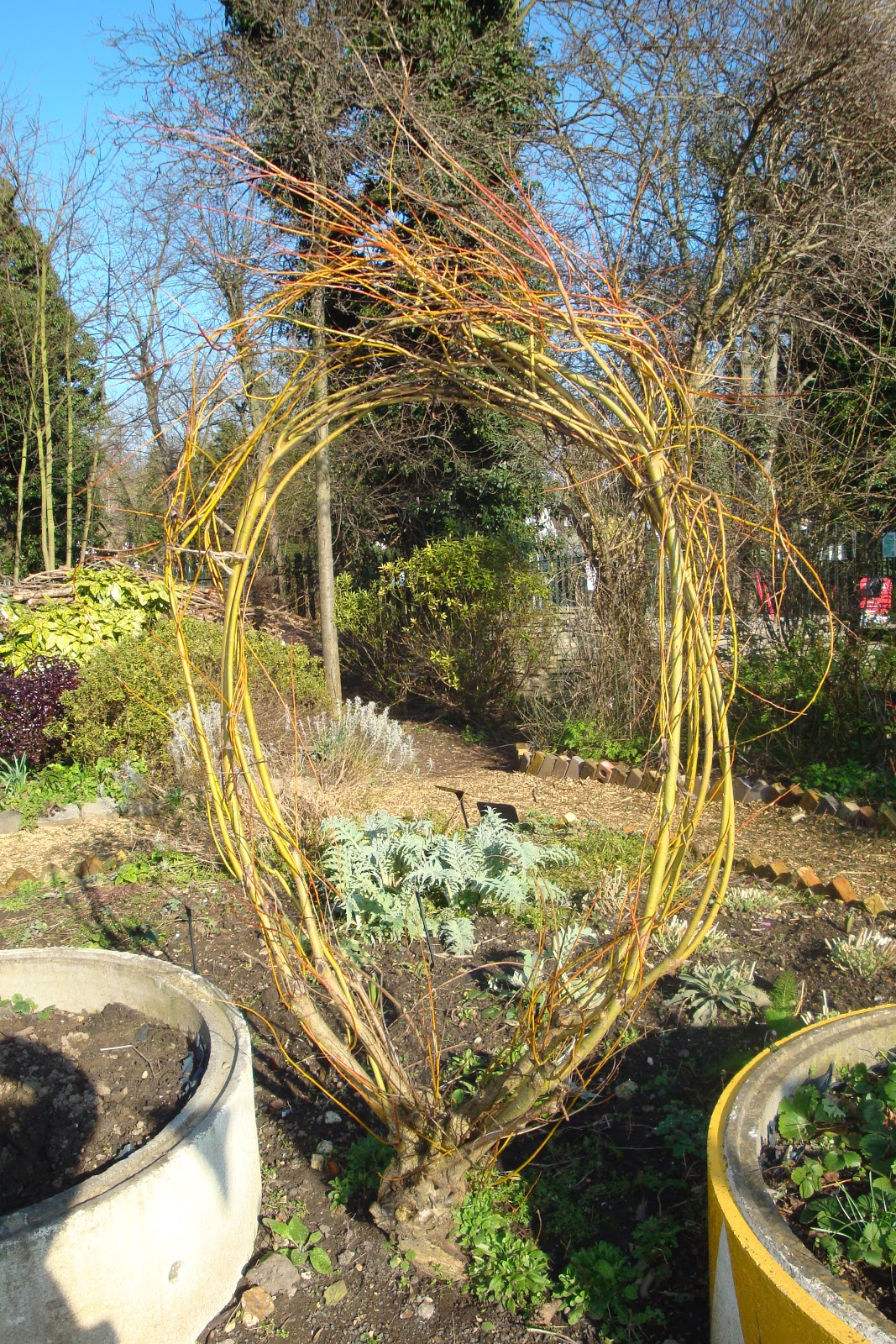 Out2play in the garden: Community Garden at Dean City Farm