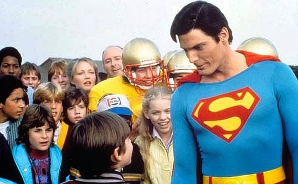 Superman IV: The Quest for Peace (1987) Jeremy (Damian McLawhorn) meeting Superman (Christopher Reeve)