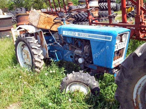 Ford 1300 tractor parts