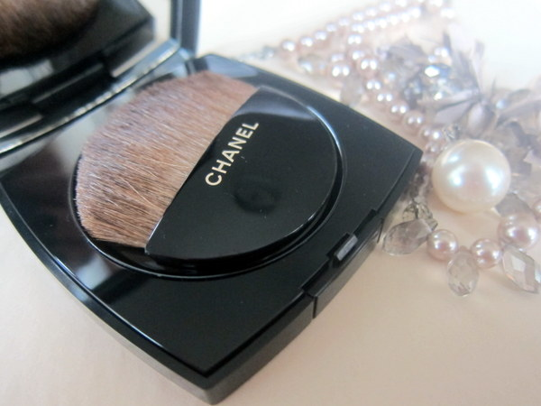 Les Beiges De Chanel Healthy Glow Sheer Powder