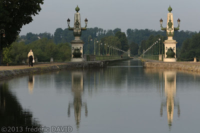 tourisme reflet maritime pont canal Briare Loire Loiret
