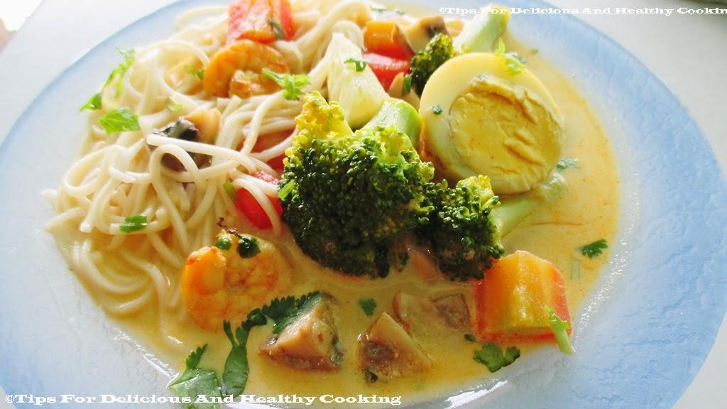 how to make laksa soup at home