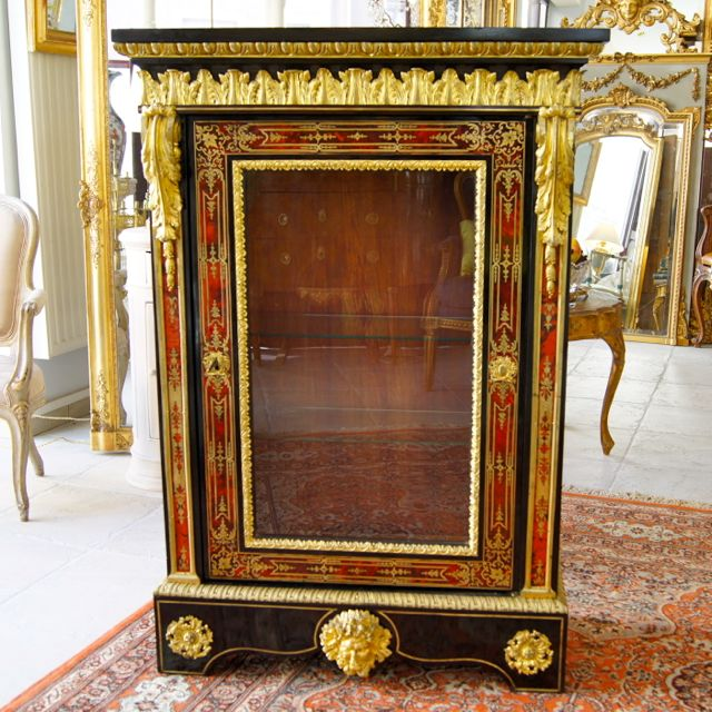 chenal et gaubert antiquit s meuble d 39 appui vitrine apparat marqueterie boulle ecaille tortue. Black Bedroom Furniture Sets. Home Design Ideas