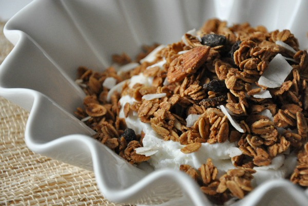 love grown gluten free granola almond raisin crunch