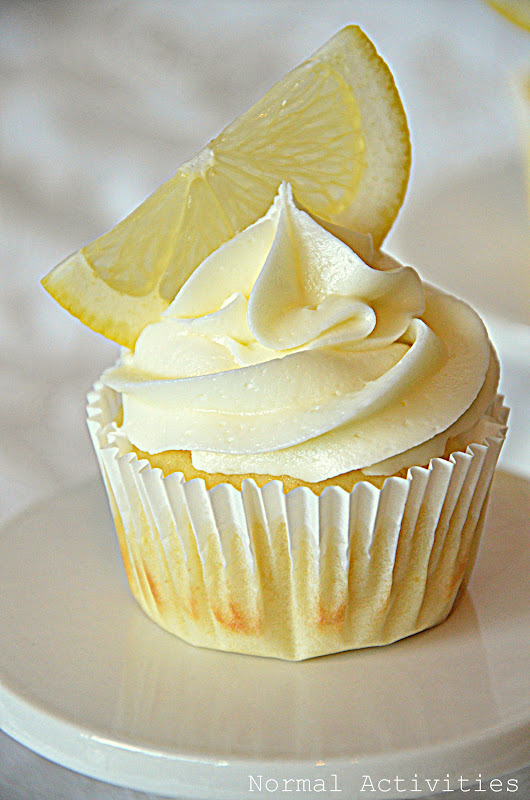 Lemon Limoncello Cupcakes