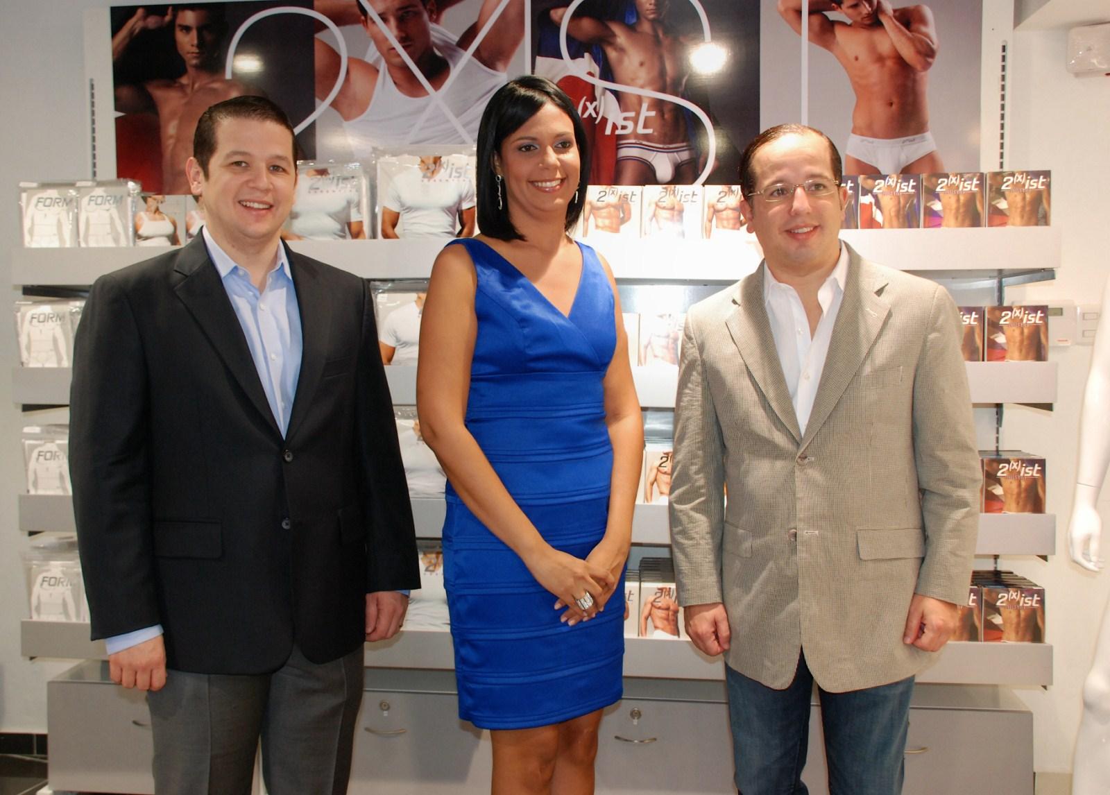 Franquicia under all lanza exclusiva linea de ropa for Franquicias de ropa interior