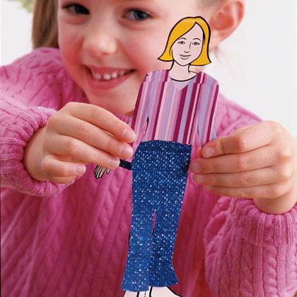 vestir muñecas de papel en cumpleaños