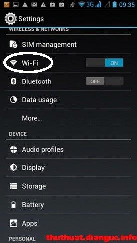 Đổi DNS cho Android: Nhấn chọn mục nhỏ Wi-Fi trong mục Settings.