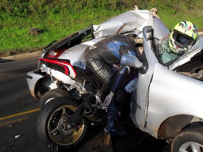 Tabrakan Motor Sport Dengan Mobil Dengan Kecepatan Tinggi(Yang Takut Jangan Liat)