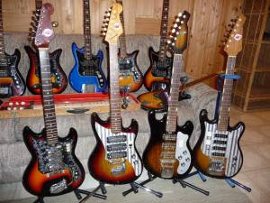 Craigslist Vintage Guitar Hunt Teisco Guitar Collection In Milwaukee Wi