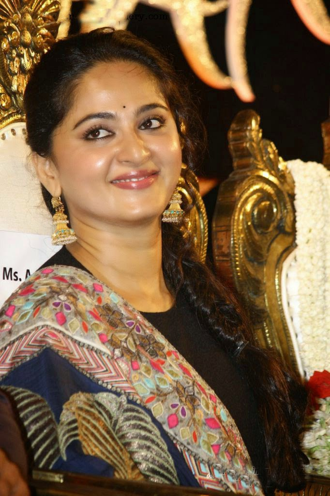 Anushka Shetty Lovely pics from Audio Launch