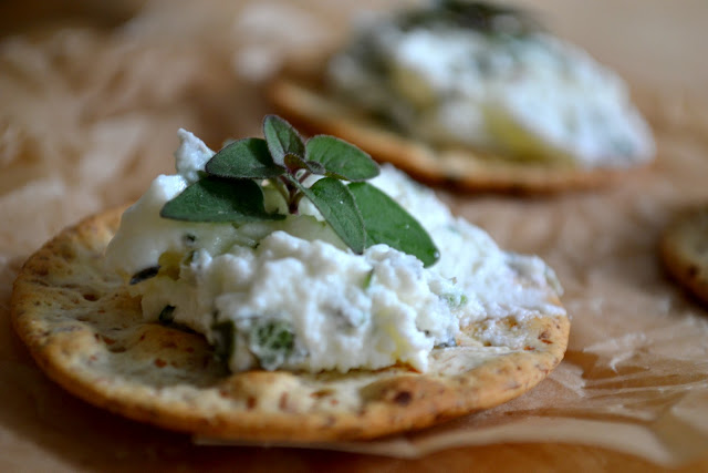 Heart of Gold: Herbed Goat Cheese