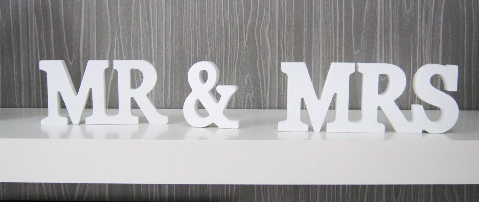 happy decor boutique decoratiuni pentru nunti litere 3d. Black Bedroom Furniture Sets. Home Design Ideas