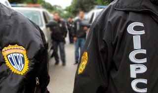 PASANDO LA HOJA / Policías malandros
