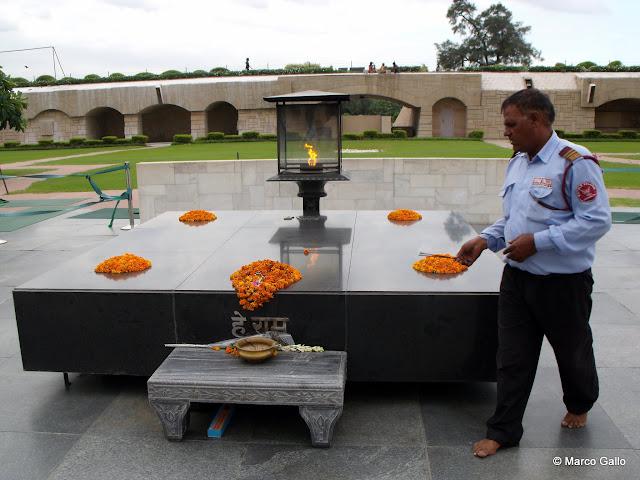 Muasoleo del Mahatma Ganghi. Nueva Delhi. India.