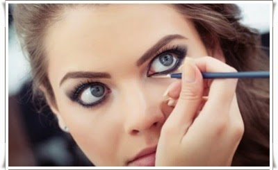 http://funkidos.com/fashion-style/makeup-styles/how-to-make-small-eyes-look-bigger-with-eye-liner