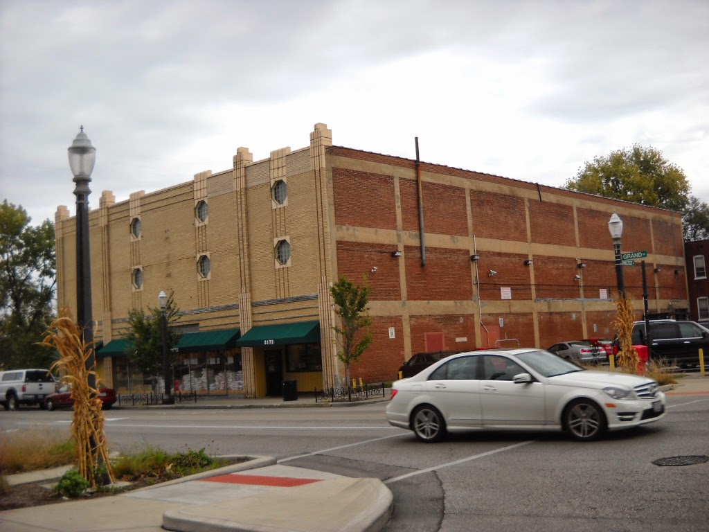 Former Kroger In South St. Louis. (Building Believed To Have Been Used As A Furniture  Store Prior To Kroger.) Currently Used As An Asian Grocery Store.