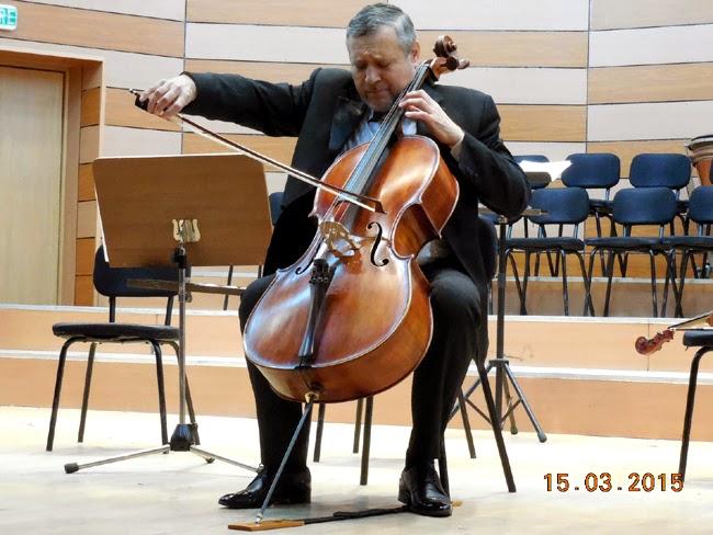 Magie la violoncel cu Mircea Suchici