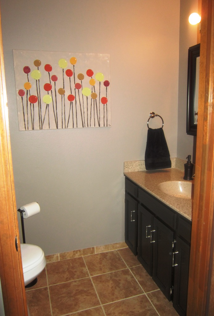 Bathroom Pictures And Canvases : Kindred style diy canvas and powder room makeover