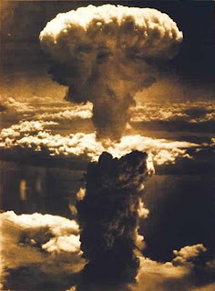 Foto Ledakan Nuklir Terdahsyat