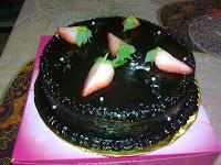 MOIST CHOCOLATE CAKE !