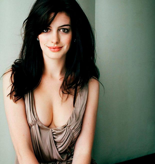 Anne hathaway hot wallpapers hd artist 271