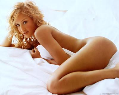 Jessica Alba Glamorous HD Wallpaper