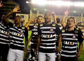 Corinthians empata com o Vasco e, enfim, é hexa do Brasileirão