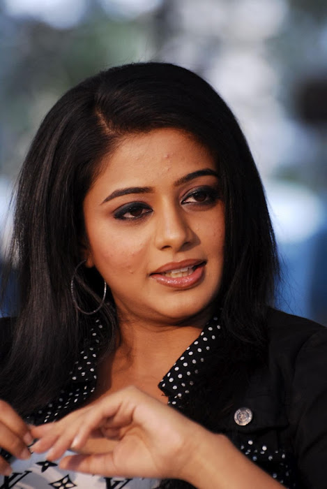 priyamani new hot photoshoot
