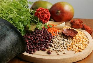10 أطعمة غنية بحمض الفوليك للمرأة الحامل