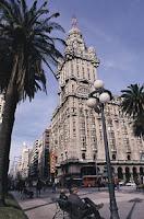 Montevideo. Uruguay. Turismo en Montevideo. Bus Turistico Montevideo. Buquebus Turistico. Bus Turistico en Montevideo