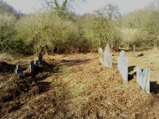 Baddesley Ensor graveyard