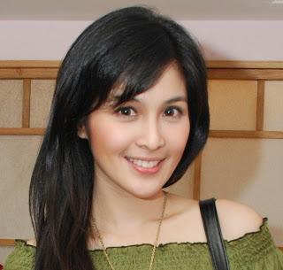 foto sandra dewi Wanita Tercantik Indonesia   Foto dan Profile
