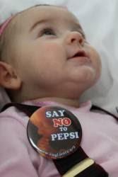 """Governo Obama determina que uso de células de bebês ABORTADOS pela Pepsi é """"negócio normal"""""""