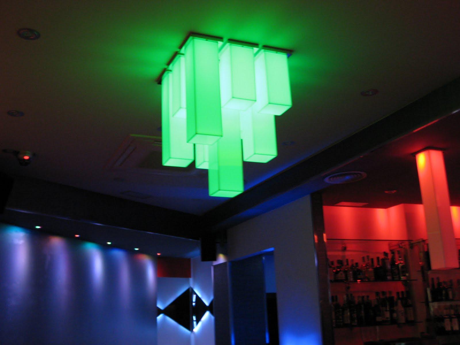 Ebled iluminacion pub sixty portonovo pontevedra - Iluminacion por leds ...